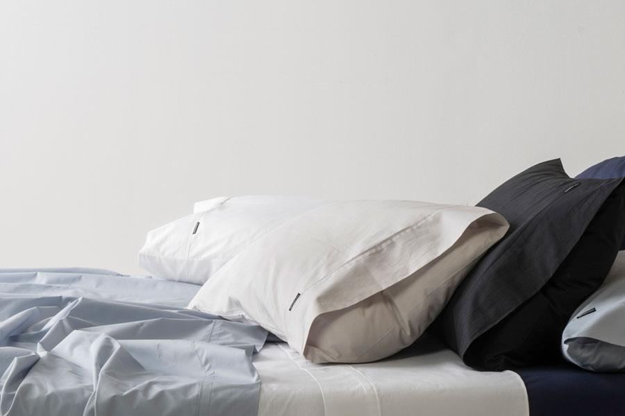 bedroom set mareu bed mr lrg bedding marriott and hotel store en