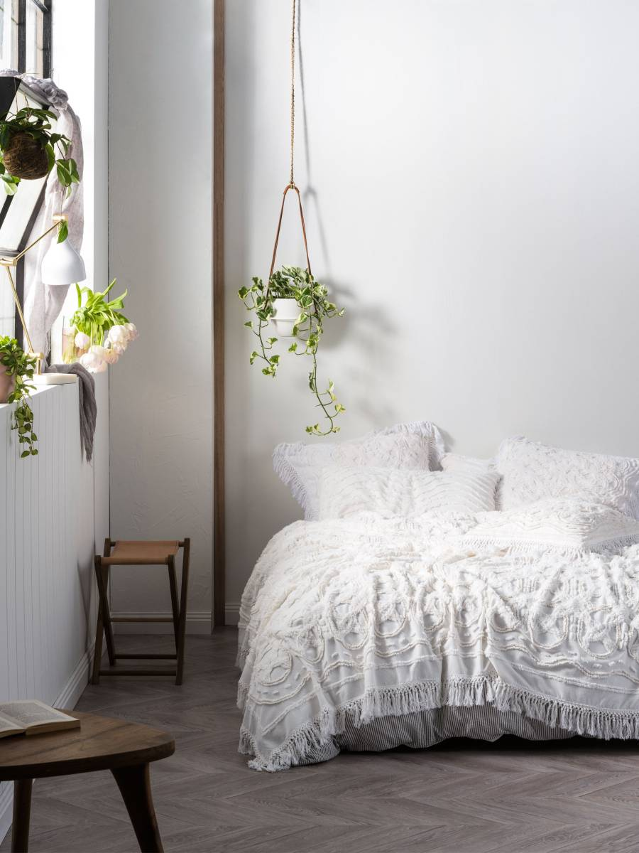 Somers white bed cover