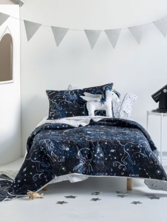 Star Atlas Coverlet Set