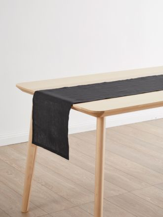 Nimes Magnet Linen Table Runner
