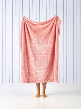 Milly Coral Throw