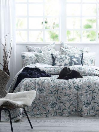 Katiana Bed Cover Set