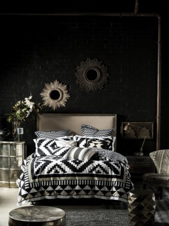 Coco Black Quilt Cover Set