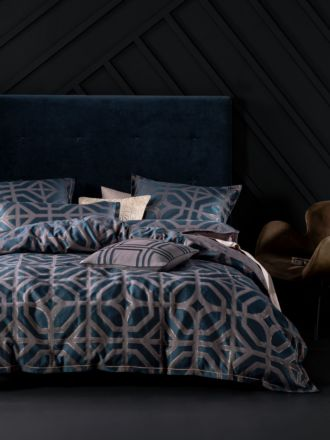 Treillage Navy Quilt Cover Set