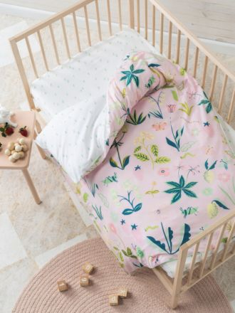 Strawberry Fields Cot Quilt Cover Set