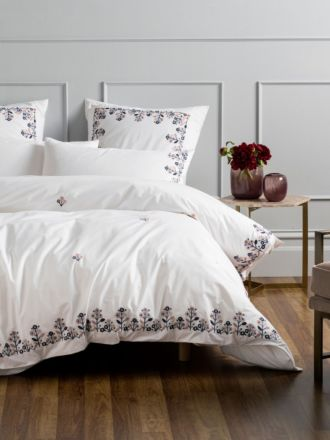 Darwin Rose Quilt Cover Set