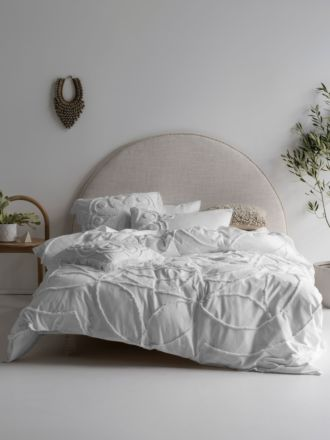 Manisha White Quilt Cover Set