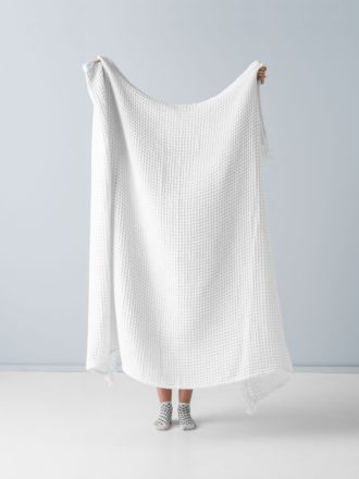 Pier White Throw
