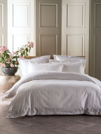 Vaucluse 1000 Thread White Quilt Cover Set