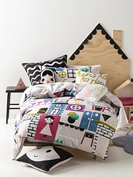 Dollhouse Quilt Cover Set