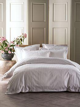 Vaucluse 1000 Thread White Quilt Cover Set